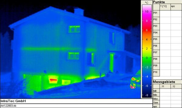 Thermal image of an insulated home
